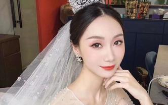 新娘半天跟妆仪式婚纱+敬酒服中式风格