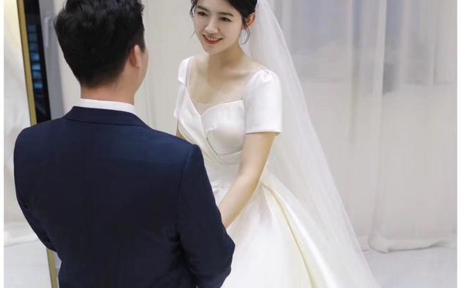 【限时特惠租赁】高定私人订制婚纱+礼服