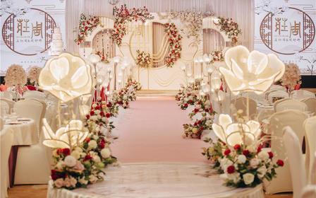新中式婚礼+五大金刚+婚纱礼服+即拍即有