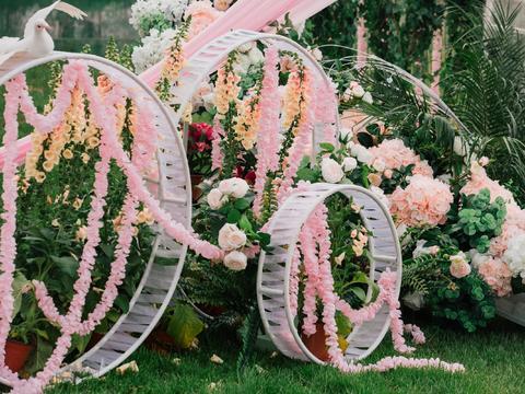 【维纳斯】诗篇户外梦幻炫彩草坪婚礼