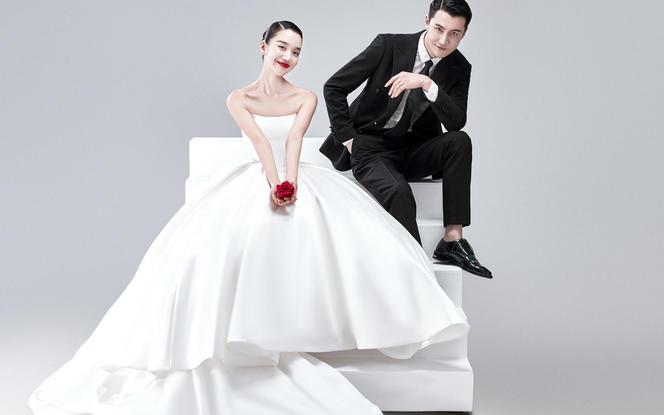 【vogue杂志】时尚大片+全新内景+1V1服务