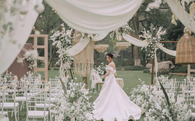 伯妮婚礼   甜美户外小清新婚礼 浪漫草坪婚礼