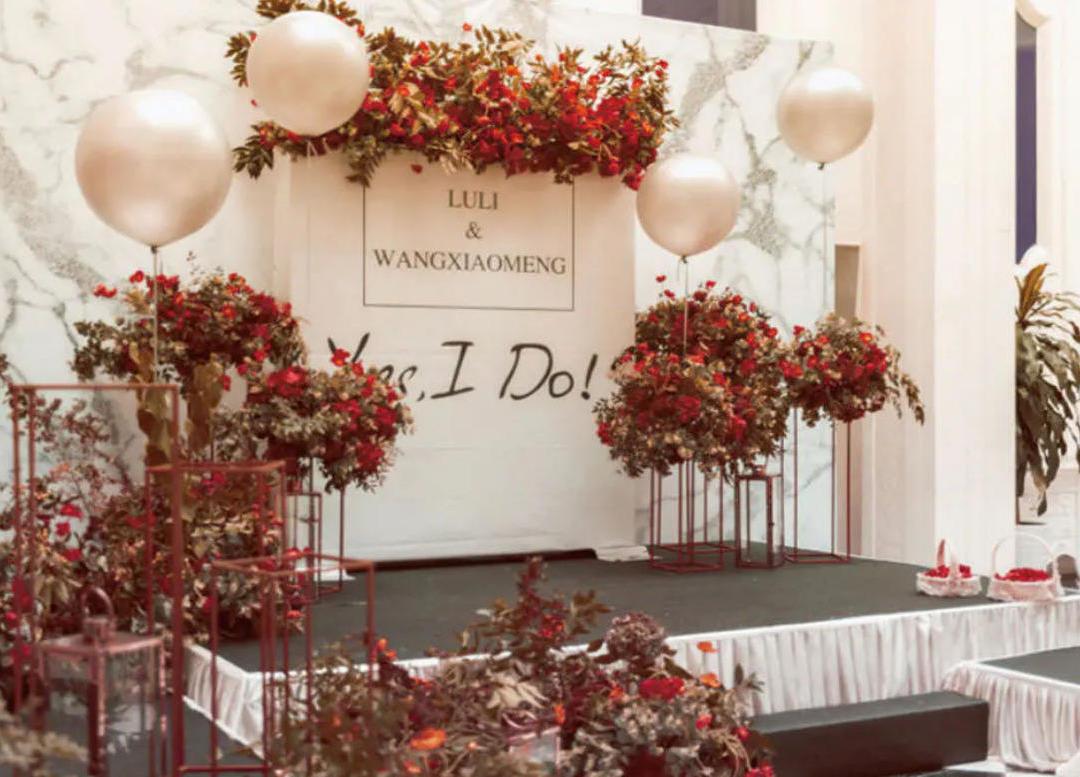 红色系超值小预算婚礼、户外室内都完美