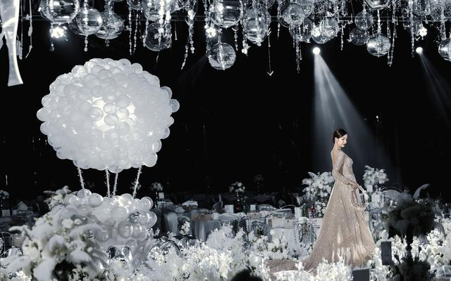 银白色仙境轻奢风格婚礼|香格里拉
