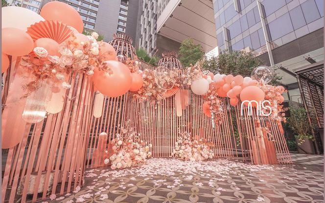 【夏季限定|唯美户外婚礼】全区域场景+迎宾婚纱