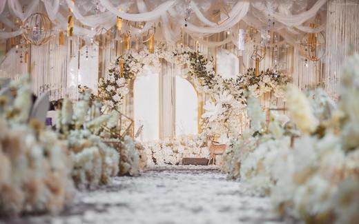 【嫁日新娘婚礼】轻奢定制-白金色主题婚礼