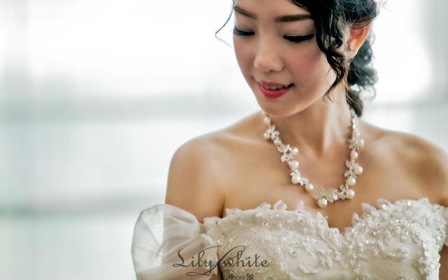 鱼尾婚纱,只为做更优雅高贵的新娘