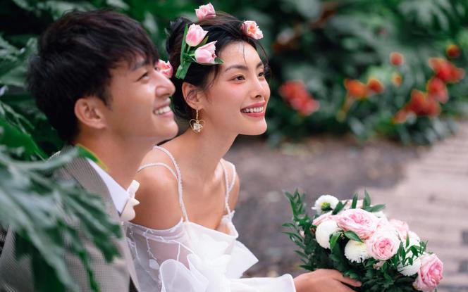 安溪钟爱一生婚纱摄影   旅拍植物园立减2000