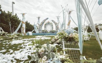 【诗缔户外婚礼作品】户外草坪婚礼