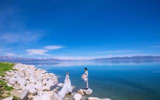 石河子维纳斯婚纱摄影