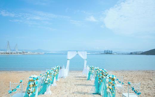 纯净别致的沙滩婚礼预告~!