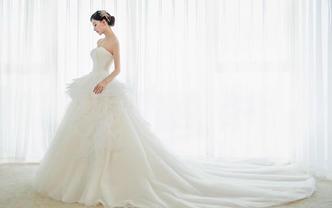 潮婚节特定套餐 婚纱四件套+定制西服打包套餐