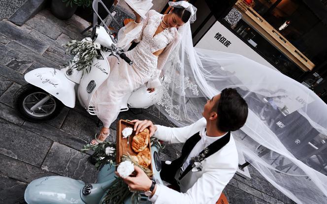 【人气爆品】西安微旅拍+定制故事婚纱照