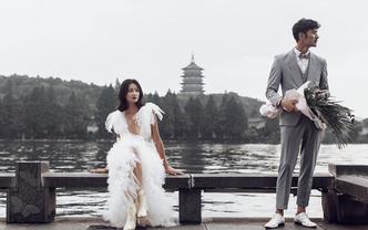 专车+送婚纱+送证件照+杭州微旅拍+10服10造
