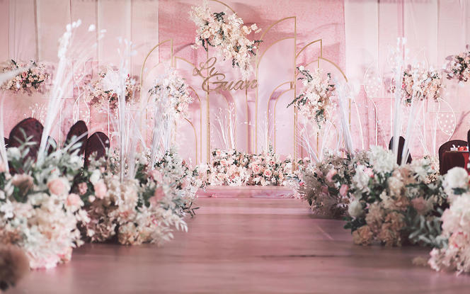 海口【超值套餐】粉色屏风唯美布置 仅需5880!