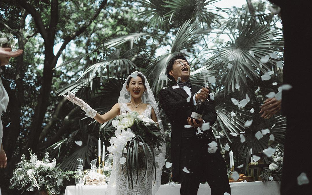 「超火的创意婚纱照」这样的婚纱照只要5380
