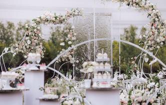 现代风简约婚礼 艺术感设计质感一级