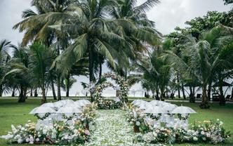 三亚海边婚礼 五星级酒店婚房场地+布置+四大金刚
