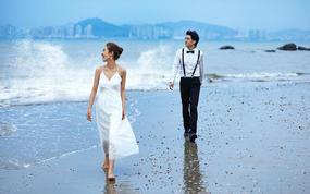 10服10造+白玉烤瓷相框+高端皮質相冊+送婚紗