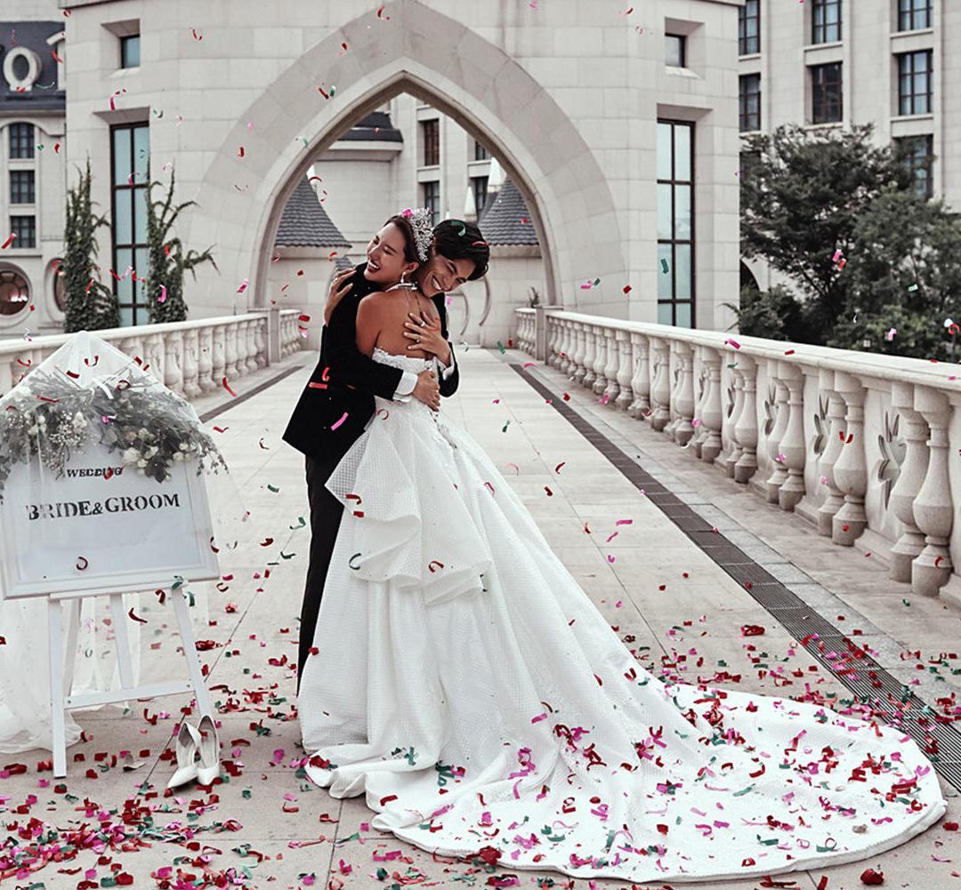 城堡+8服8造+5个外景选择+送婚纱+相框包邮