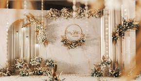 Flowers house丨温馨色系香槟白婚礼