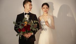 【一价全包】抢定黄金档期+仪式感婚纱照 | 经典
