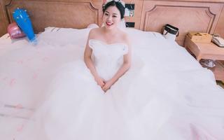 嘉兴莯瑾婚纱礼服工作室