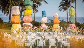 手牵手婚礼 | 彩虹系目的地婚礼