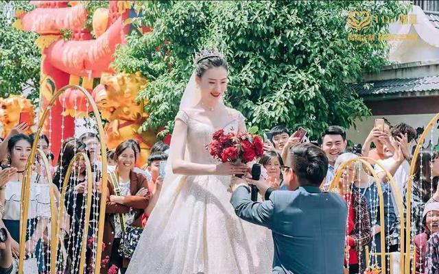 美美的乡村婚礼,浪漫、欢乐时光!