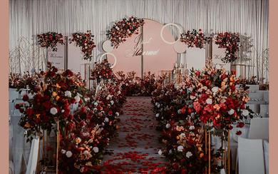 莫奈婚礼  室内红色复古简洁大气