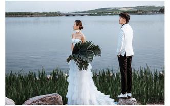 3899婚纱照/个性时尚/海边