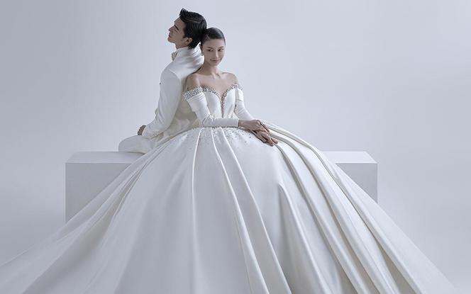 【限时福利】拍婚照送写真|原创手稿×高定礼服