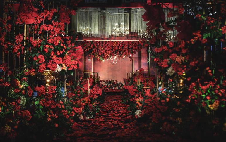【纯轻奢婚礼布置】海量花艺+精美布置+唯美灯光