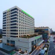 上海长荣桂冠酒店