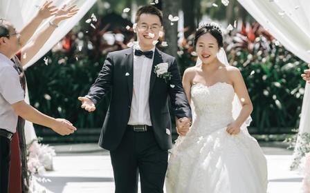 三亚海边草坪婚礼/包场地/四大金刚/现场布置