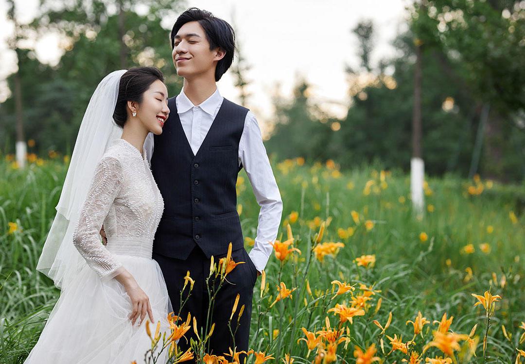 百色婚纱摄影热门套系简约高定婚纱照
