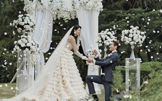【结婚嗨购立减2000元】+自然森系+万元婚嫁礼