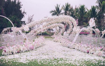 三亚婚礼策划 草坪婚礼 仪式+晚宴布置+知名团队