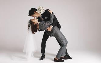 珍藏级作品 人气明星定制款婚纱照 一对一服务