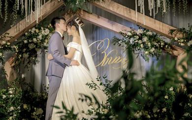 最幸福的事莫过于穿上女孩时梦想的婚纱嫁给你!