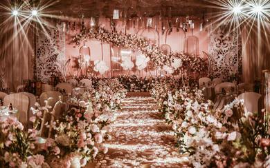 粉绿色梦幻婚礼  浅嫩而恬静的淡粉 在述说爱情
