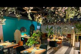 室内花园餐厅