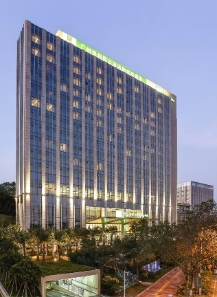 广州保利假日酒店