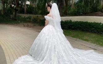 婚礼当天全程跟妆5套婚纱礼服+送妈妈伴娘妆各1次
