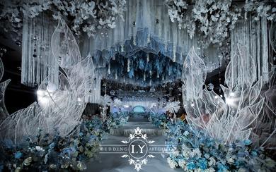 LY婚礼馆唯美梦幻白蓝色系全通道吊顶现场视觉满分