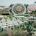 把婚礼交给设计师自由发挥,于是我们有了这座失重游乐园
