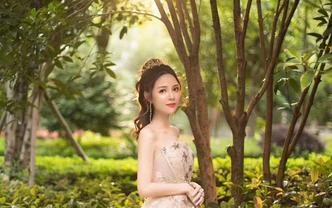 婚纱礼服四件套+送妈妈礼服+跟妆