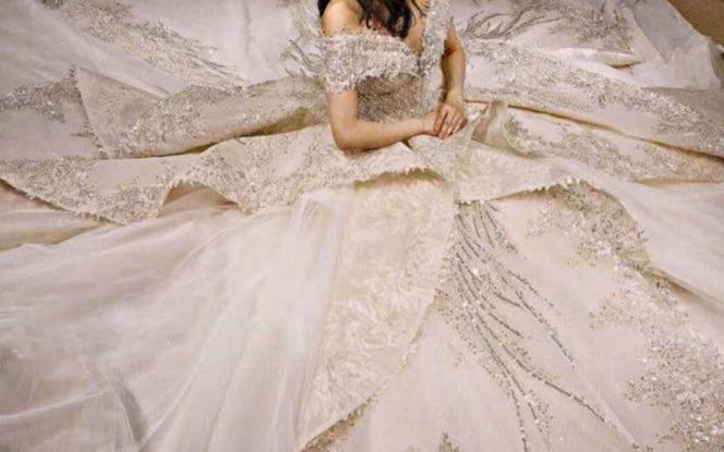 『一价全包』跟妆礼服+婚纱照 八服八造 品质专享