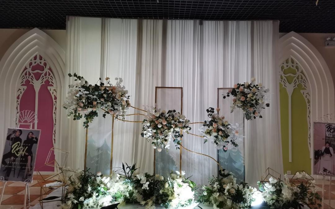 西式唯美风格婚礼—定制版—包含/主持人摄影摄像