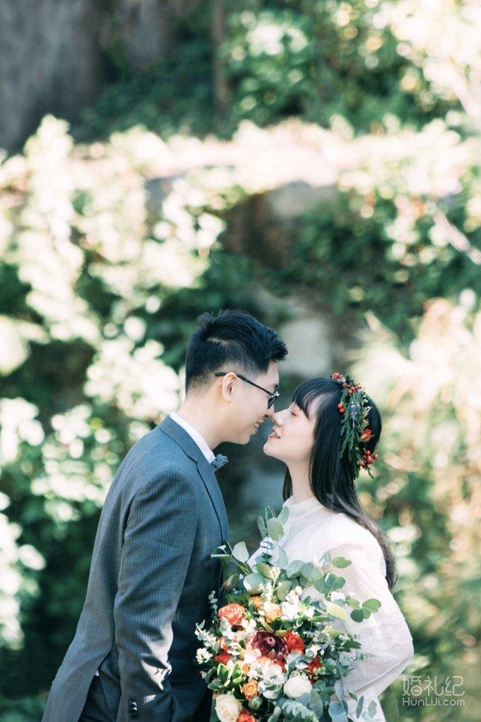 下个月就要结婚了老公说婚纱照不急,还只肯在室内拍背景纸的。